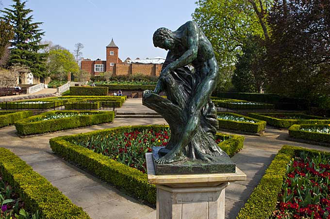 Holland Park Statue in London - Image ref http://www.nplhome.co.uk